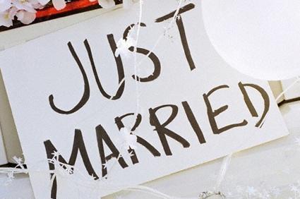 """Małżeństwo czy życie na """"kocią łapę""""?"""